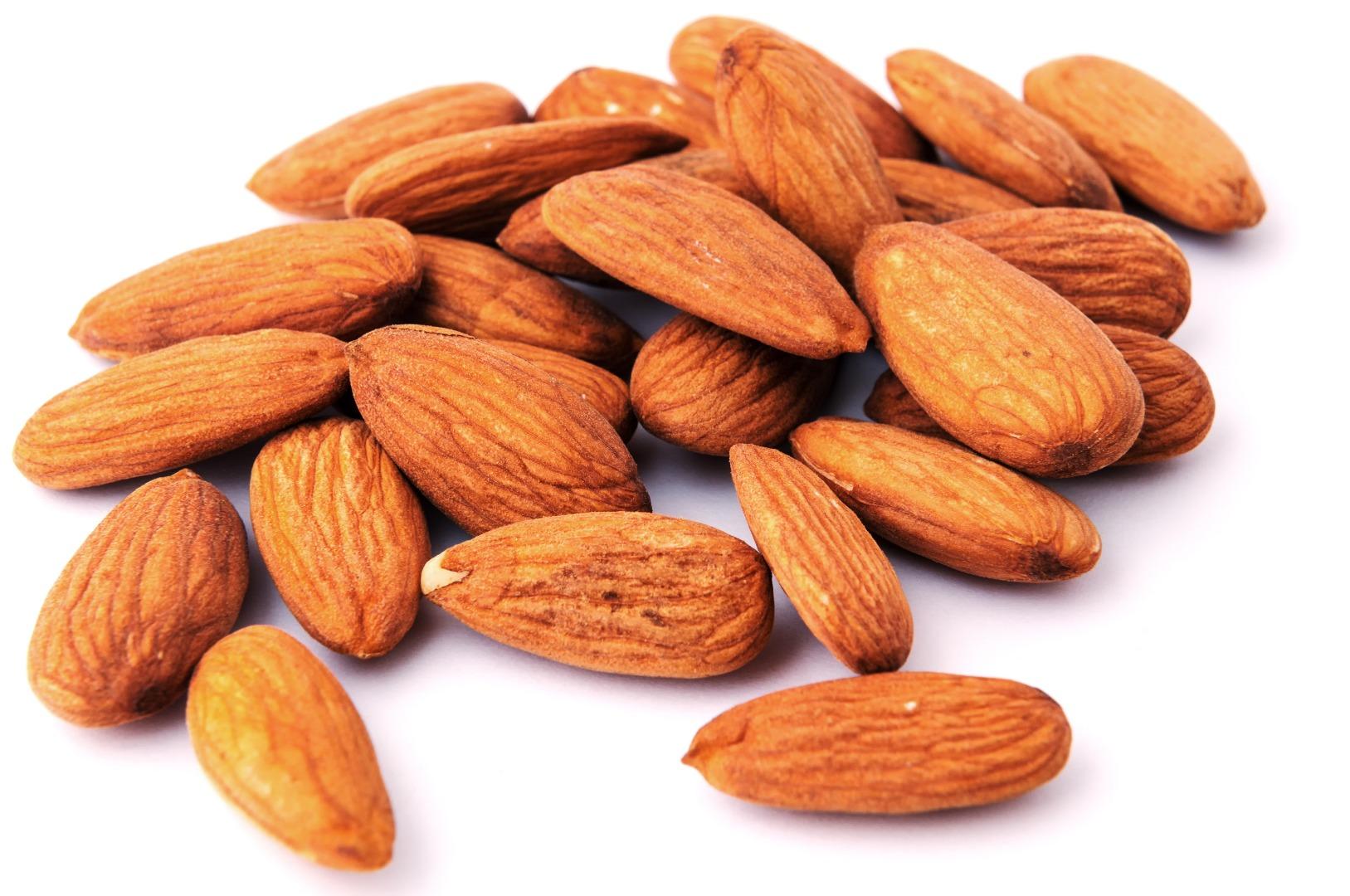 BADAM (Almond) MAMRO JUMBO