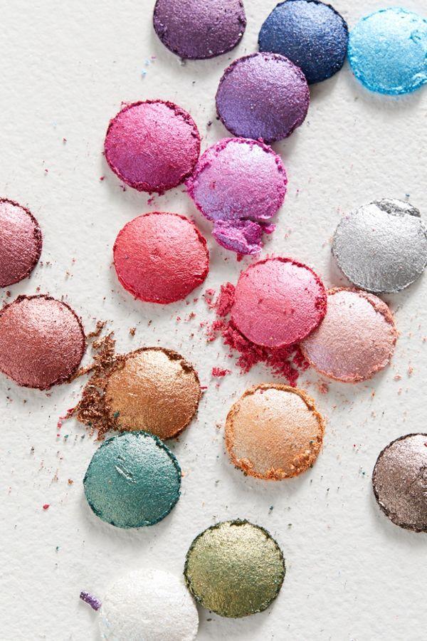 bh cosmetics Aurora Lights Eyeshadow Palette